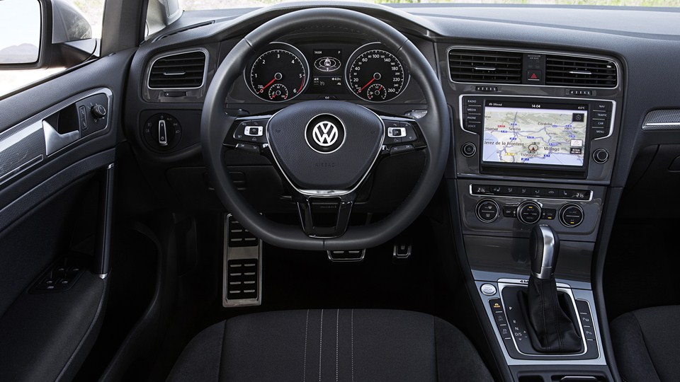 Volkswagen Golf Alltrack Napęd 44 I Zwiększony Prześwit
