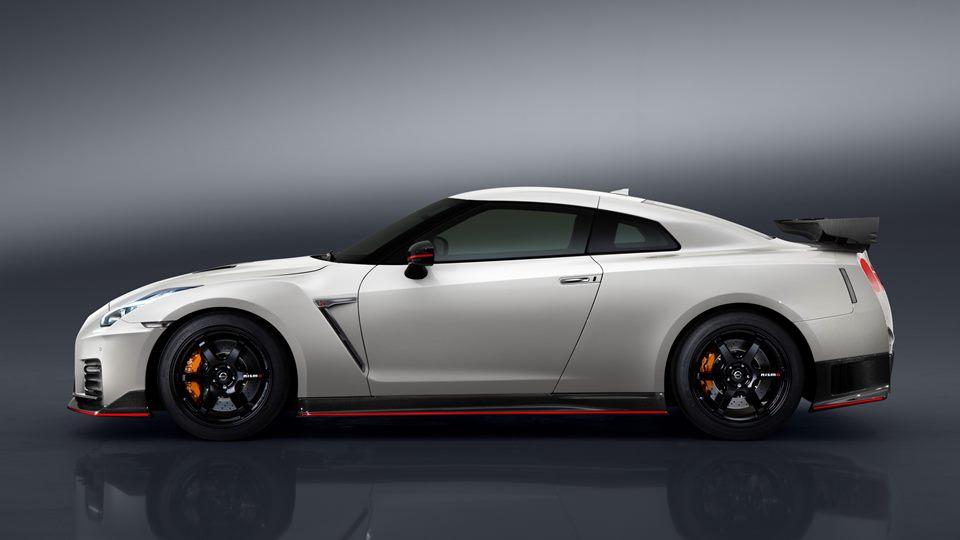 2016 Nissan Juke >> Czym różni się Nissan GT-R NISMO od normalnego GT-R ...